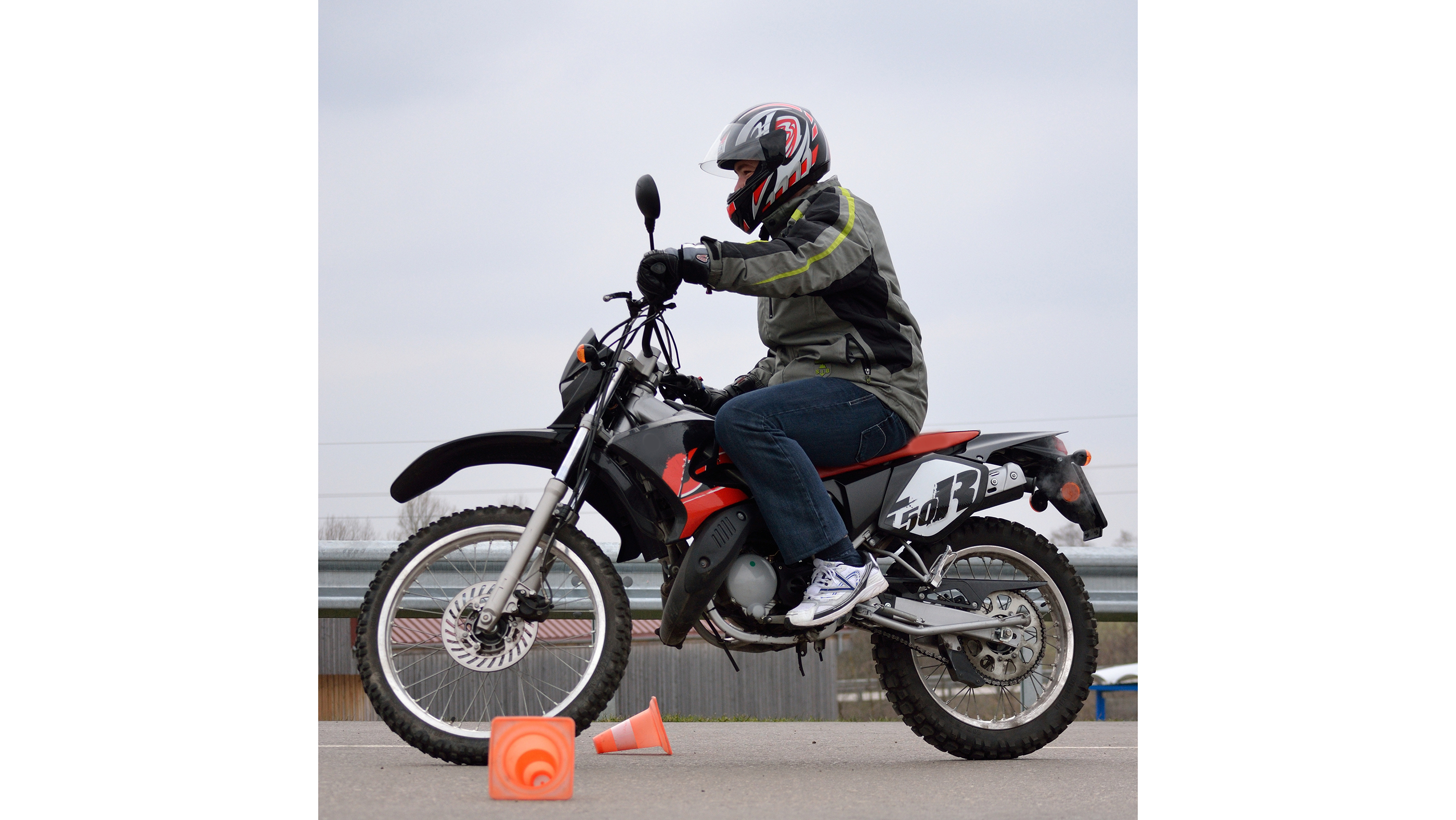 AM15 Moped
